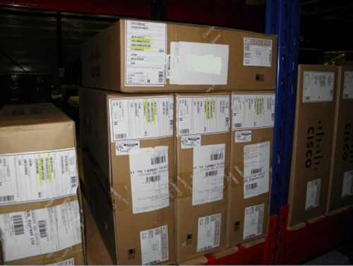 CISCO NEW WS-C3850-12XS-E 1 YEAR WARRANTY 3850 switch with covered serial number
