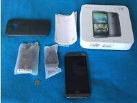 HTC One M8 - 16 GB - Gunmetal Gray (Unlocked) Smartphone