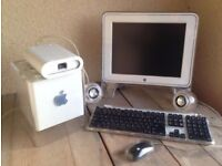 apple power mac g4 cube & touch screen monitor(no power cable)
