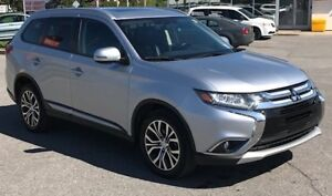 2016 Mitsubishi Outlander ES PREMIUM LEATHER 18 INCH ALLOYS!!
