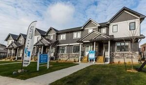 Welcome to the Lodges in Evergreen! Dbl garage, full landscape!