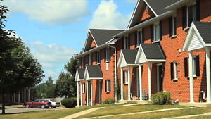 FANSHAWE STUDENTS - ALL INCLUSIVE ROOMS FOR RENT London Ontario image 2
