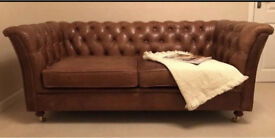 Leather sofa - Chesterfield style