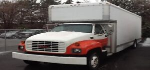 2000 GMC 26' Used Box Truck for Sale