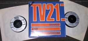 TV21 classic rock 2 - 45 rpm records in picture sleeve SNAKES...