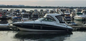 2011 BATEAU CRUISERS YACHT 330 EXPRESS (35.6 pieds hors tout)