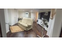 LARGE 1 BED FLAT - BILLS INCLUDED & FULLY FURNISHED