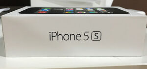 Rogers iPhone 5S Space Grey 16GB - $350