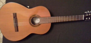 Samick SSC-311 professional-level classical guitar