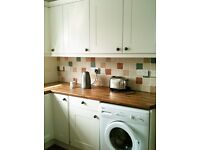 Double Room for rent in a attractive 3 Bed house in Uxbridge near Brunel & Stockley Park