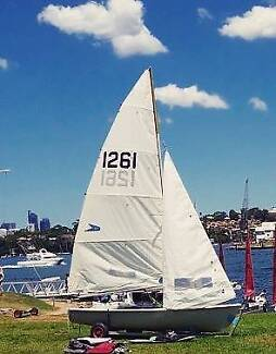 Flying 11 Sailing Dinghy Great Buy