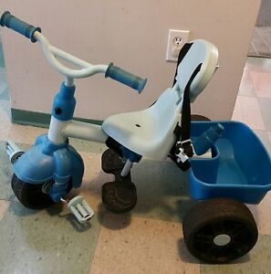 Toddler Tricycle with seatbelt