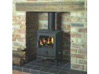 NEW Wood & Solid Fuel Burning Stove & extensive flue parts - Newark - 5 kw