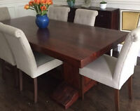Stunning Acacia Dining Table