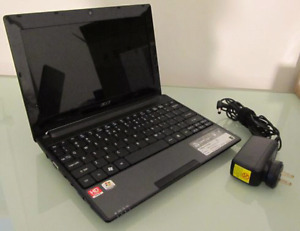 Acer AspireOne 522 Netbook Laptop