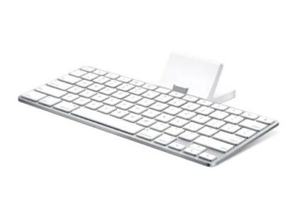 Apple keyboard iPad dock (iPad 1,2,3) as new