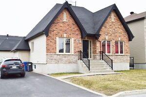 Maison, Marieville avec garage detaché ,bungalow