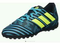 Boys' Nemeziz 17.4 Tf J Footbal Shoes Size 1