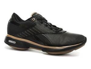 reebok women's easytone grace toning shoe