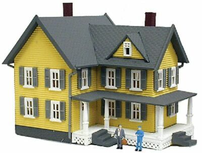 MODEL POWER 587 HO 1/87 Scale GRANDMA MOSES' HOUSE built up LIGHTED w/2 Figures
