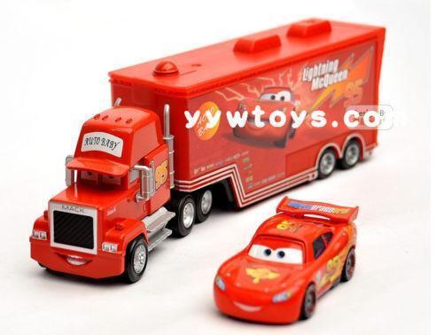 Disney Cars Diecast: Disney Cars Diecast Mack