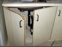 Kitchen cabinet and vanity repair and renovation. 416 854 0251