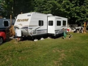 Shasta Revere | Buy Travel Trailers & Campers Locally in