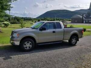 2006 Ford F-150 with Snow Plow & New Winter Tires