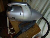 Steam Cleaner. STEAM SHARK. Accessories. New condition.