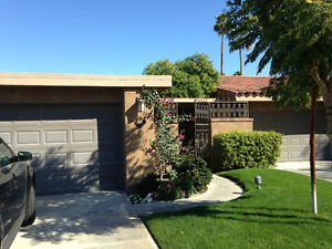 PALM SPRINGS CONDO BACKING ONTO POND WITH FOUNTAIN