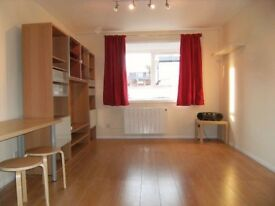 Ground Floor 2 Bed for £1250 PM in South Croydon