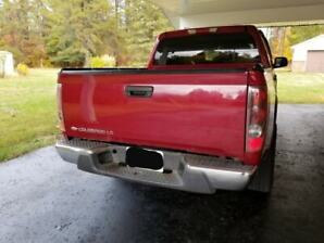 Red 2005 Chevrolet Colorado 1SE/LS/4WD/Z71/Loaded/Alloys