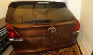 Original Toyota Venza TAILGATE complete with Backup camera