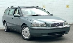 2000 Volvo V70 S2 MY2001 20V SE Metallic Blue 5 Speed Automatic Wagon Ashmore Gold Coast City Preview