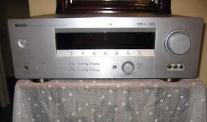 Yamaha HTR-5750 A/V Receiver (pour Cinema Maison)