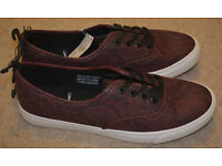 BNWT ATMOSPHERE burgundy womens sneakers like a snakeskin, lace size 8 trainers