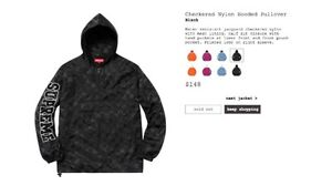 Checkered Nylon Hooded Pullover Supreme size medium new