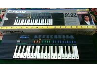 VINTAGE Casio SA-20 Electronic Keyboard 100 Sound ToneBank, Boxed and Fully Working Collectors item