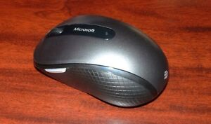 Microsoft wireless mouse 4000 computer mouse London Ontario image 1