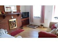 Burtonwood 2/3 bed porched terraced in quiet road, well maintained by private local landlord