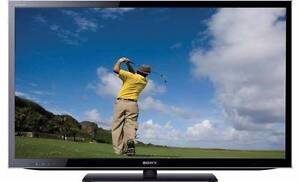 """Sony 55""""' BRAVIA 3D WiFi Full HD SMART TV. Mint Condition Helensvale Gold Coast North Preview"""