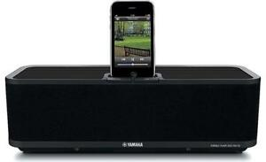 YamahaPDX-30 Speaker Dock for iPod and iPhone