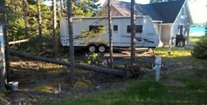 REDUCED!  2004 Trail Cruiser 26QBS Ultra Light Travel Trailer