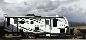Stunning Outdoors RV Mountain Black Stone 250RDS full load 2018