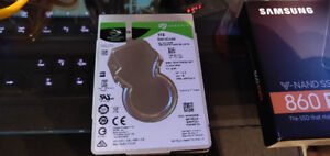 Selling 1TB Seagate laptop Hard drive - Like new
