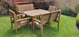 NEW SOLID WOODEN GARDEN FURNITURE SET- 1 TABLE 2 BENCHES & 2 CHAIRS