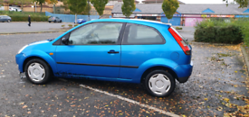 Ford fiesta £300 cheap for quick sale