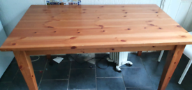 FREE FREE FREE DINING TABLE