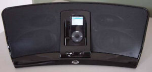 Klipsch iGroove HG iPod/MP3 dock/amplified Speaker system
