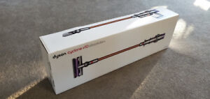 *NEW* Dyson Cyclone V10 Absolute